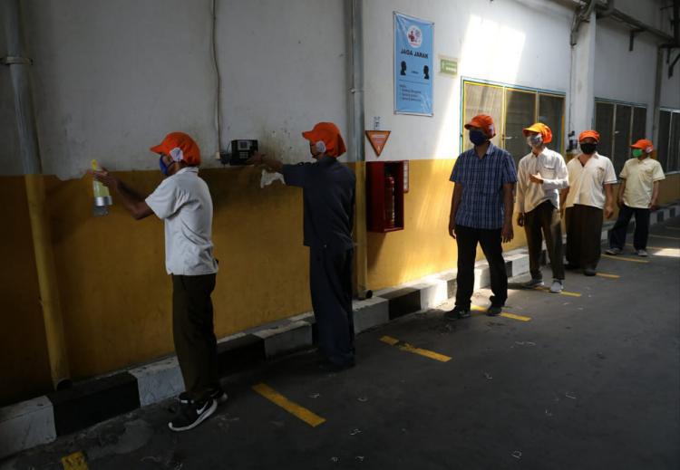 Gaji Pt Indomaju Textindo Kudus - Ganjar Minta Pabrik Di ...